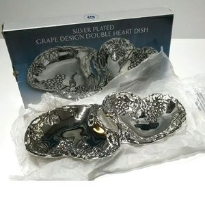 NWB Godinger Silver Dish Double Heart Grape Tray